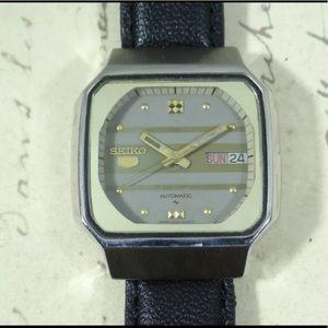 Vintage Seiko Automatic Watch (1977-1980)